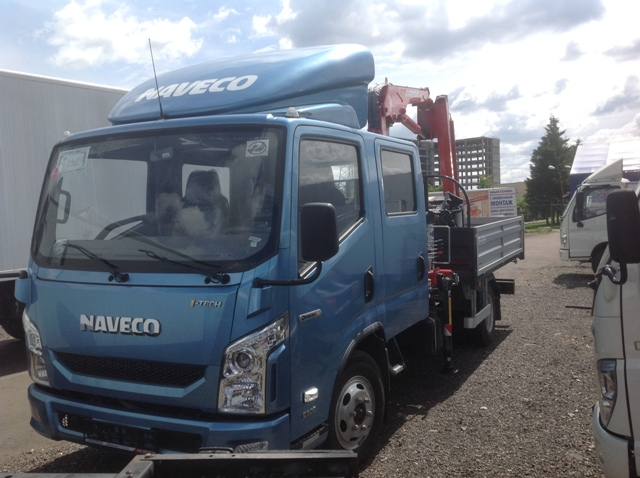 NAVECO c-300 с двухрядной кабиной специальный (бортовой с краном-манипулятором)